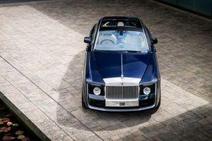 Thư giãn mùa Covid-19: 10 mẫu xe đắt nhất trong lịch sử 2