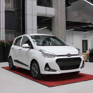 Mua xe chạy dịch vụ, chọn Hyundai Grand i10 hay Hyundai Accent? 1